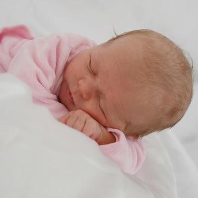 photo bébé naissance à Toulon dans le var 83